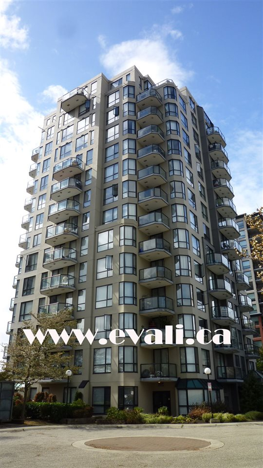"Photo 1: 302 838 AGNES Street in New Westminster: Downtown NW Condo for sale in ""WESTMINSTER TOWERS"" : MLS(r) # R2019564"