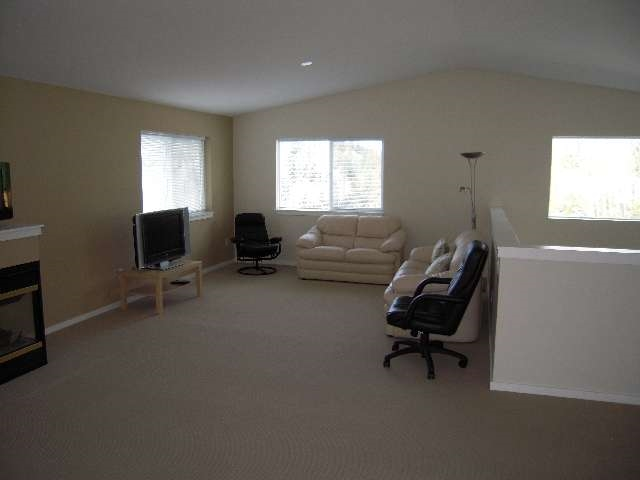 Photo 3: 5839 TRAIL Avenue in Sechelt: Sechelt District House for sale (Sunshine Coast)  : MLS® # R2046032