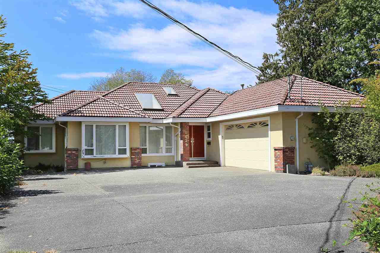 Main Photo: 6625 180 Street in Surrey: Cloverdale BC House for sale (Cloverdale)  : MLS®# R2104517