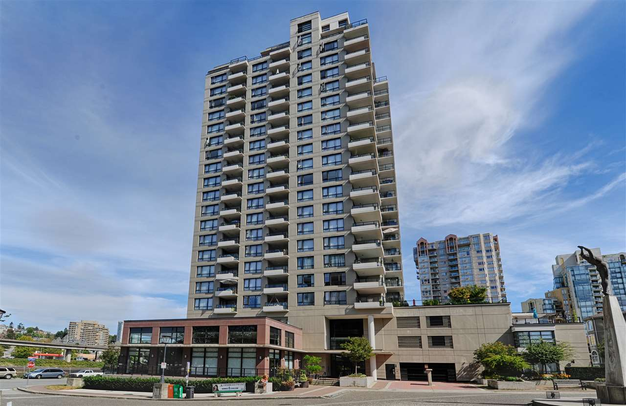 "Main Photo: 408 1 RENAISSANCE Square in New Westminster: Quay Condo for sale in ""Q AT WESTMINSTER QUAY"" : MLS®# R2104953"