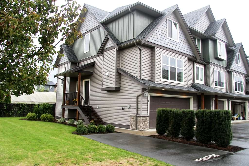 Main Photo: 1 1609 AGASSIZ-ROSEDALE Highway: Agassiz Townhouse for sale : MLS® # R2106895