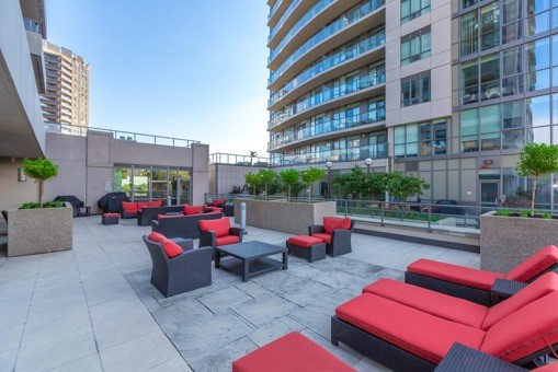 Photo 11: 1304 500 W St Clair Avenue in Toronto: Forest Hill South Condo for sale (Toronto C03)  : MLS(r) # C3632348