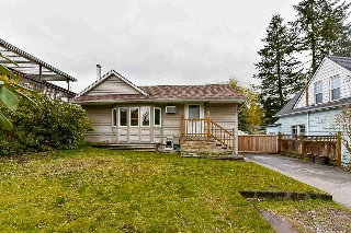 Main Photo: 355 KEARY Street in New Westminster: Sapperton House for sale : MLS(r) # R2148754