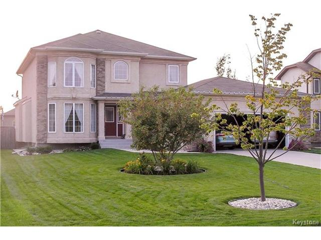Main Photo: 30 LINDEN LAKE Drive in Oakbank: RM of Springfield Residential for sale (R04)  : MLS® # 1708841