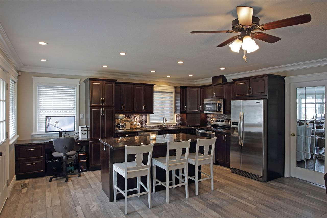 "Photo 5: 31043 UPPER MACLURE Road in Abbotsford: Abbotsford West House for sale in ""ABBOTSFORD WEST"" : MLS(r) # R2163255"