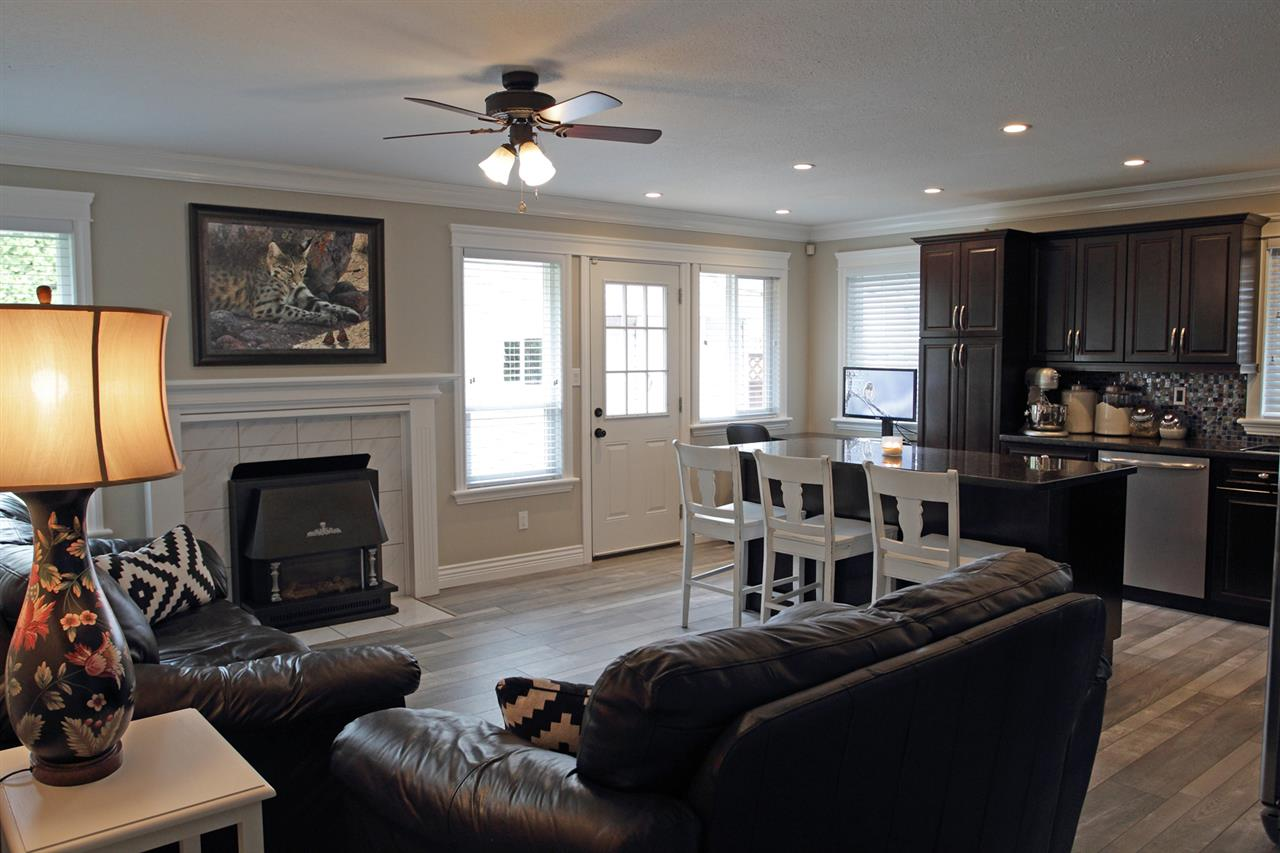 "Photo 6: 31043 UPPER MACLURE Road in Abbotsford: Abbotsford West House for sale in ""ABBOTSFORD WEST"" : MLS(r) # R2163255"