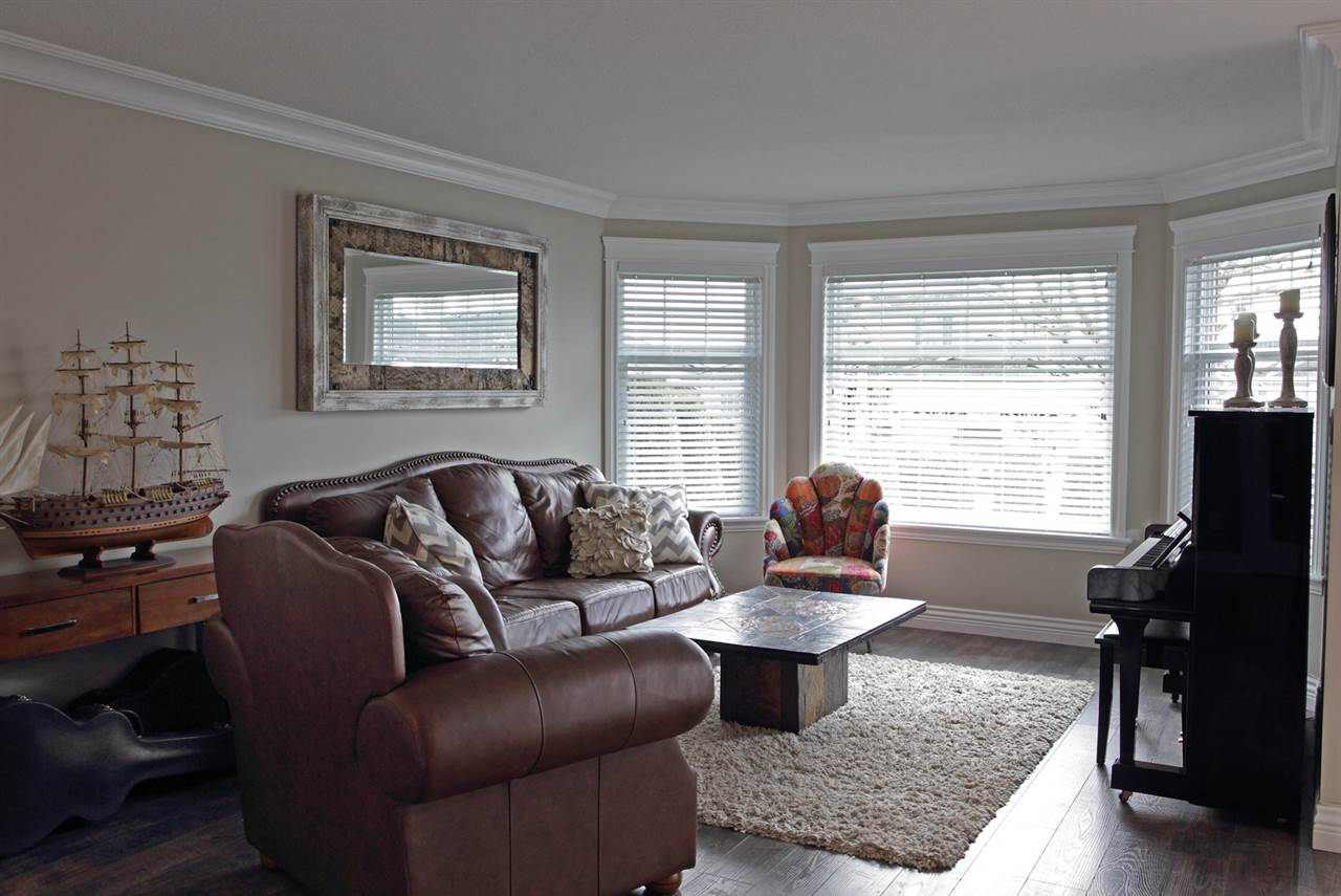 "Photo 18: 31043 UPPER MACLURE Road in Abbotsford: Abbotsford West House for sale in ""ABBOTSFORD WEST"" : MLS(r) # R2163255"