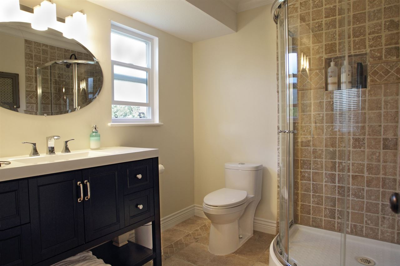 "Photo 10: 31043 UPPER MACLURE Road in Abbotsford: Abbotsford West House for sale in ""ABBOTSFORD WEST"" : MLS(r) # R2163255"