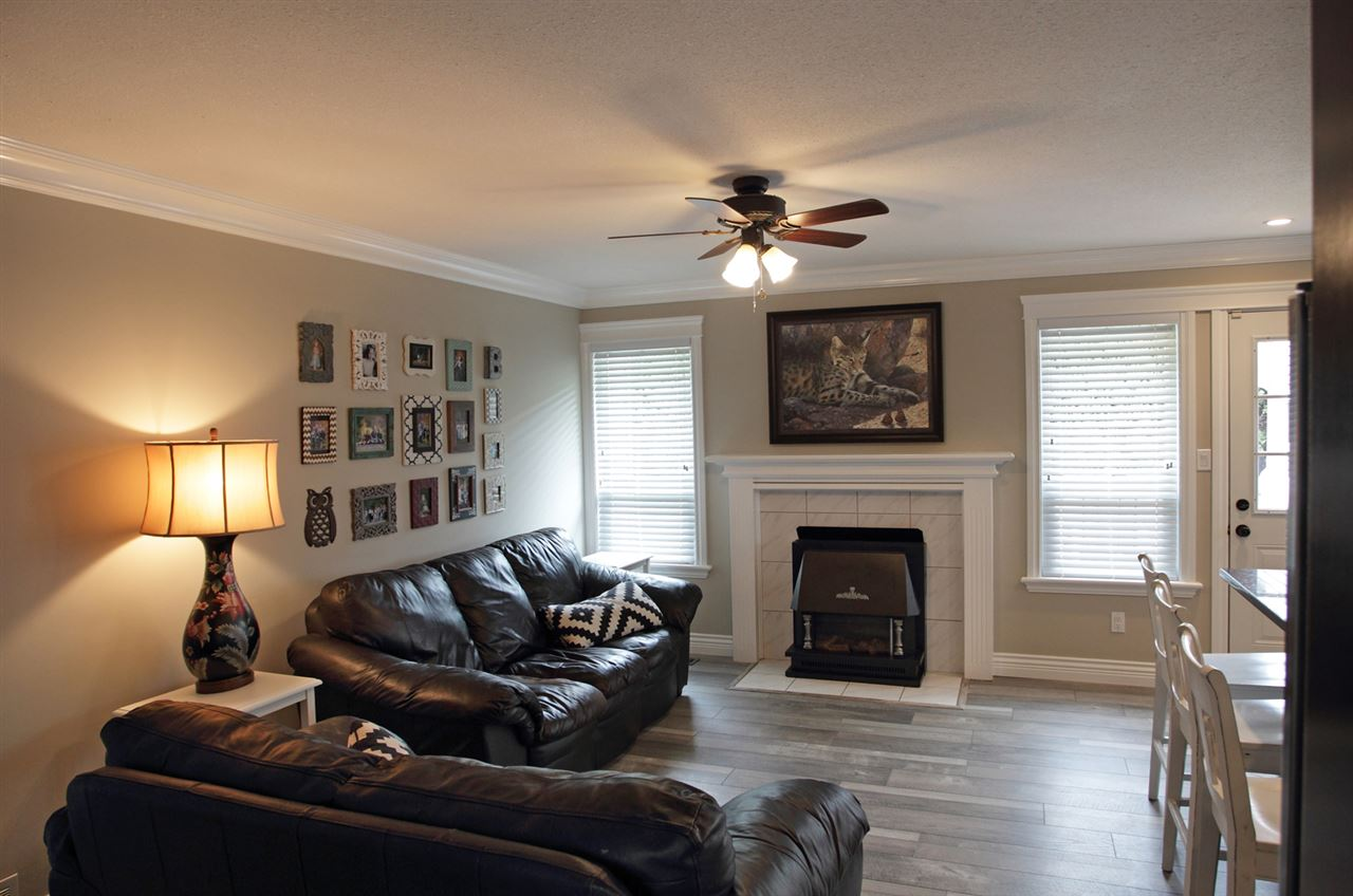 "Photo 8: 31043 UPPER MACLURE Road in Abbotsford: Abbotsford West House for sale in ""ABBOTSFORD WEST"" : MLS(r) # R2163255"