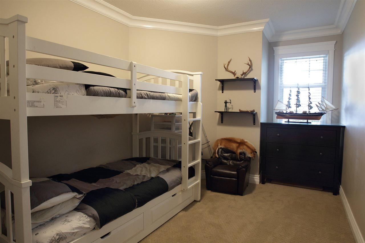 "Photo 9: 31043 UPPER MACLURE Road in Abbotsford: Abbotsford West House for sale in ""ABBOTSFORD WEST"" : MLS(r) # R2163255"