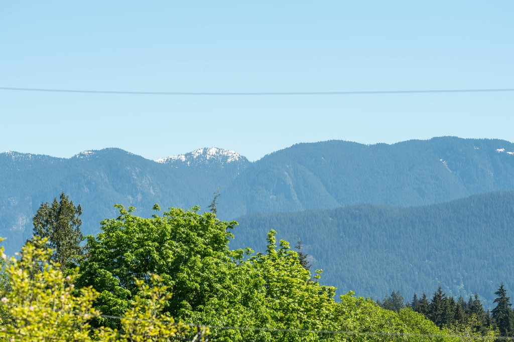 Photo 30: 1143 LIMA Road in North Vancouver: Indian River House for sale : MLS® # R2171310