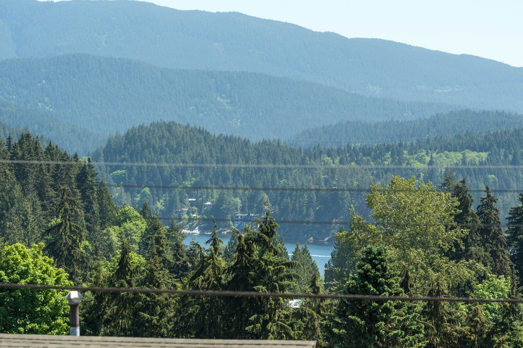 Photo 28: 1143 LIMA Road in North Vancouver: Indian River House for sale : MLS® # R2171310
