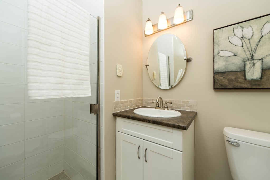 Photo 13: 1143 LIMA Road in North Vancouver: Indian River House for sale : MLS® # R2171310