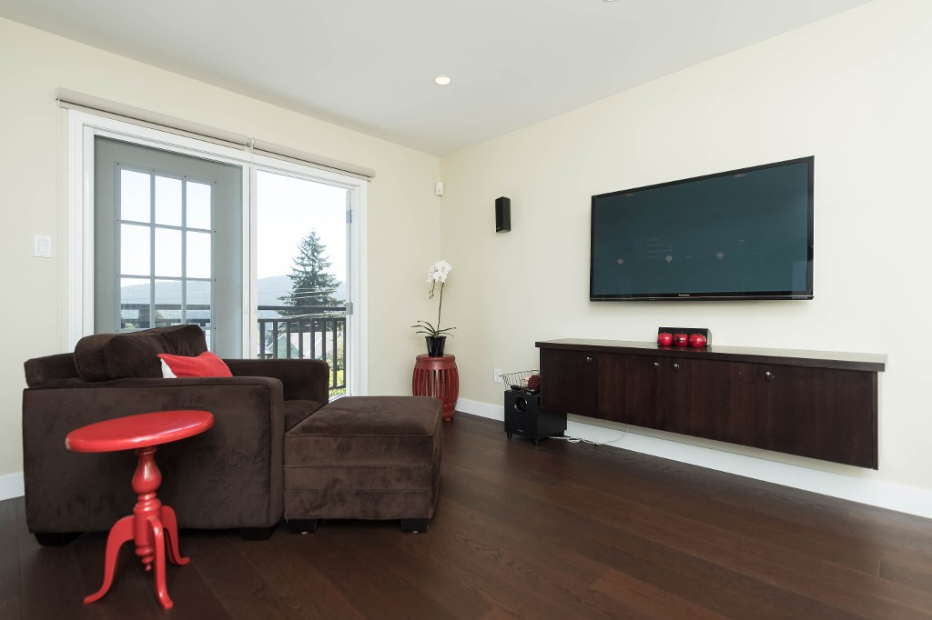 Photo 18: 1143 LIMA Road in North Vancouver: Indian River House for sale : MLS® # R2171310