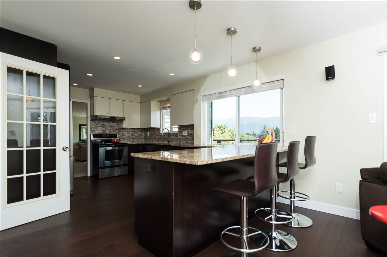 Photo 6: 1143 LIMA Road in North Vancouver: Indian River House for sale : MLS® # R2171310