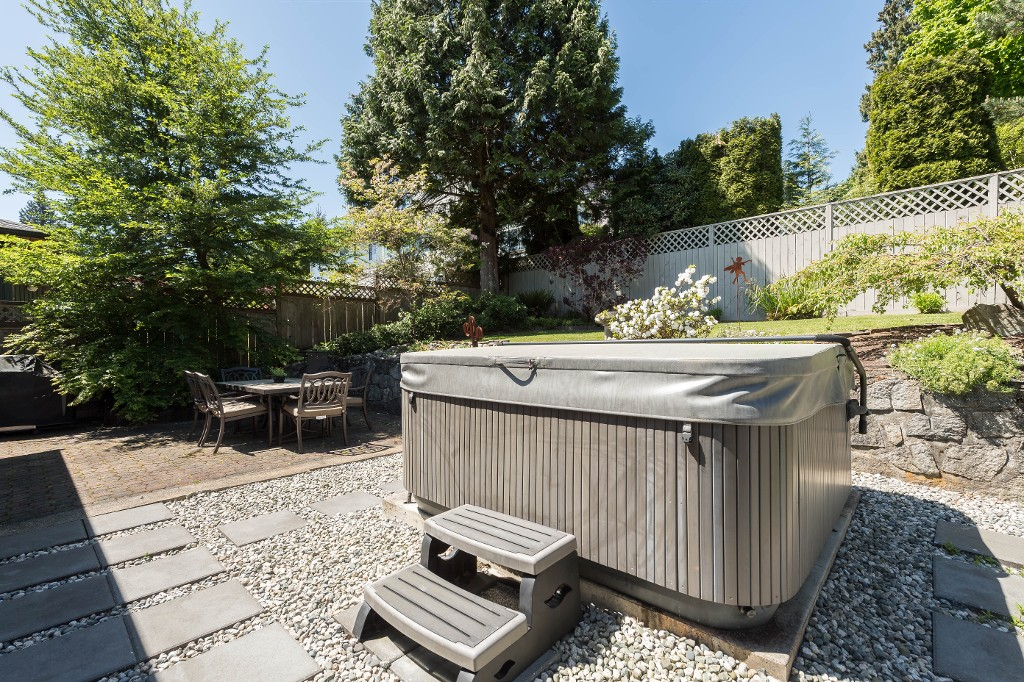 Photo 27: 1143 LIMA Road in North Vancouver: Indian River House for sale : MLS® # R2171310
