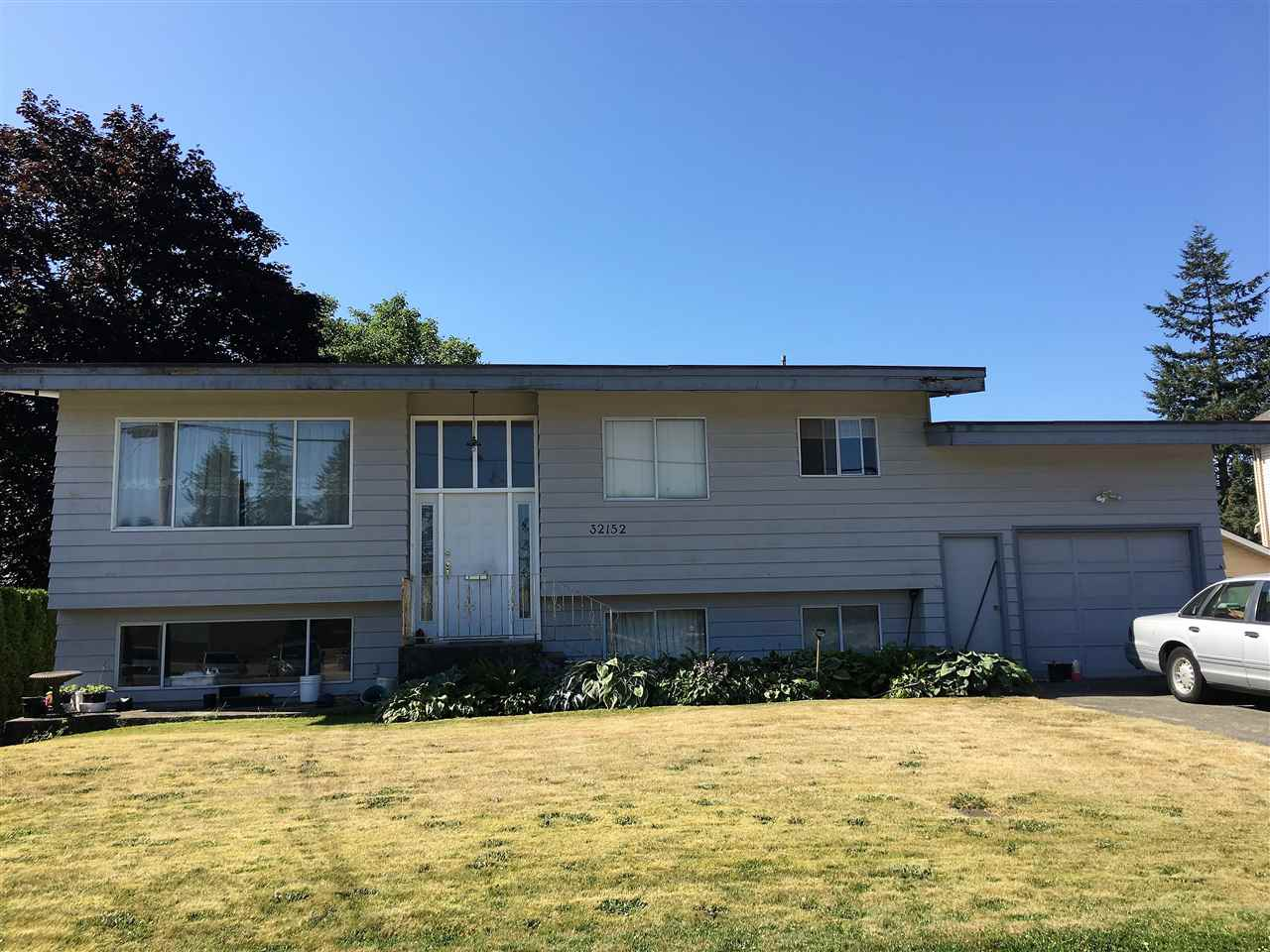 Main Photo: 32152 DORMICK Avenue in Abbotsford: Abbotsford West House for sale : MLS® # R2188128