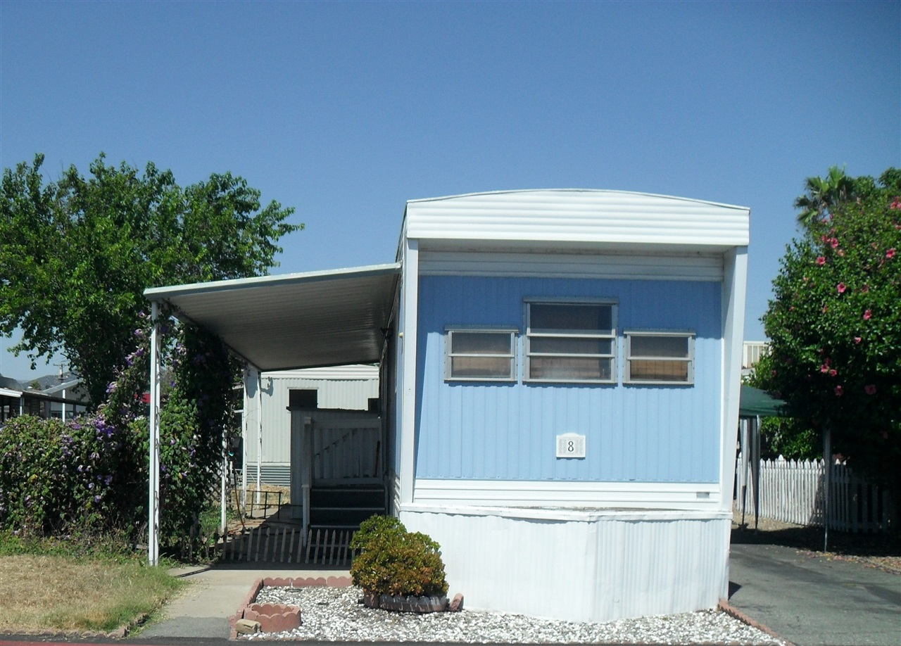 Main Photo: EAST ESCONDIDO Manufactured Home for sale : 1 bedrooms : 8 Paramount Street in Escondido