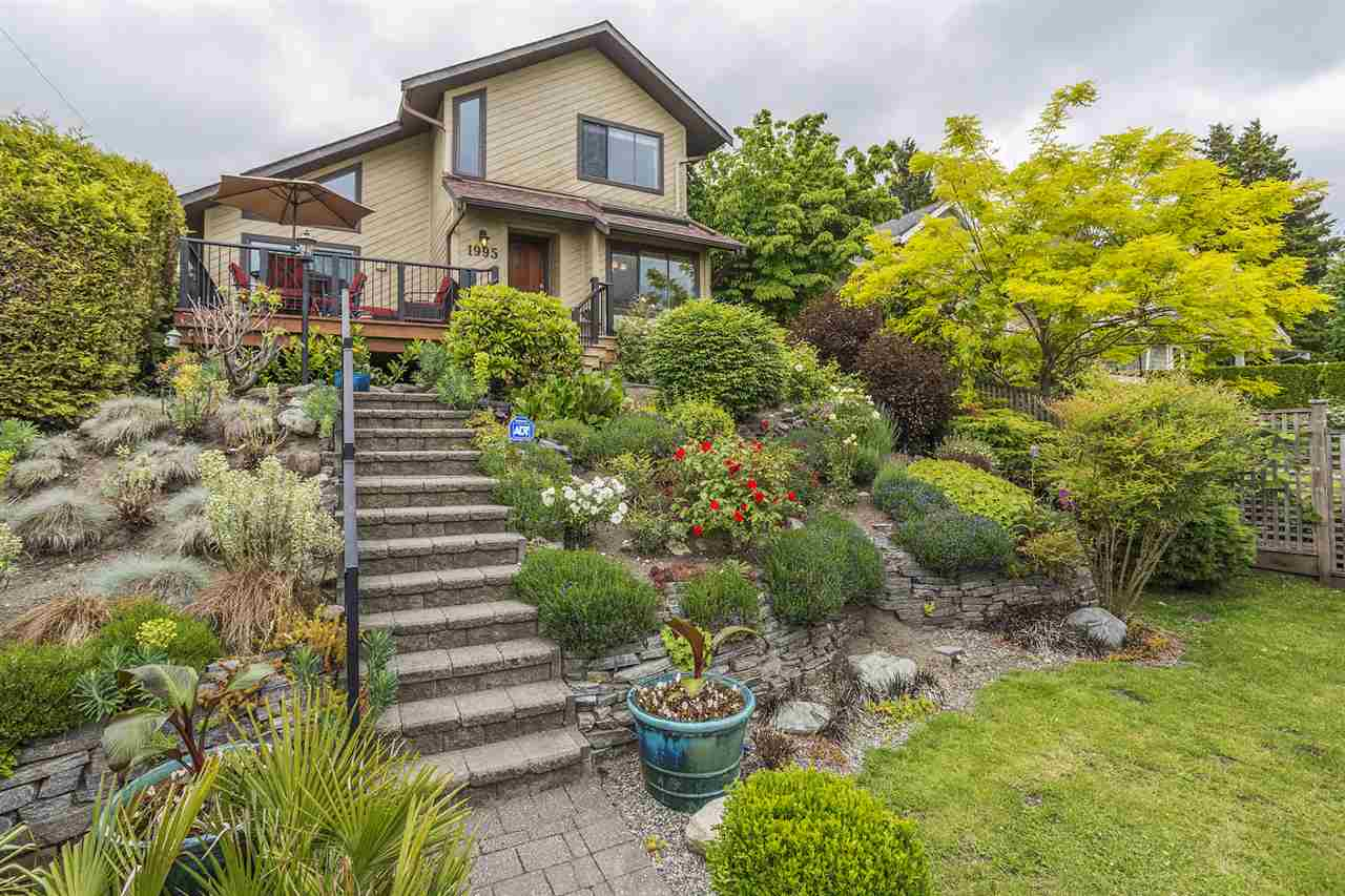 "Main Photo: 1995 JEFFERSON Avenue in West Vancouver: Ambleside House for sale in ""Ambleside - Inglewood Mather"" : MLS® # R2195407"