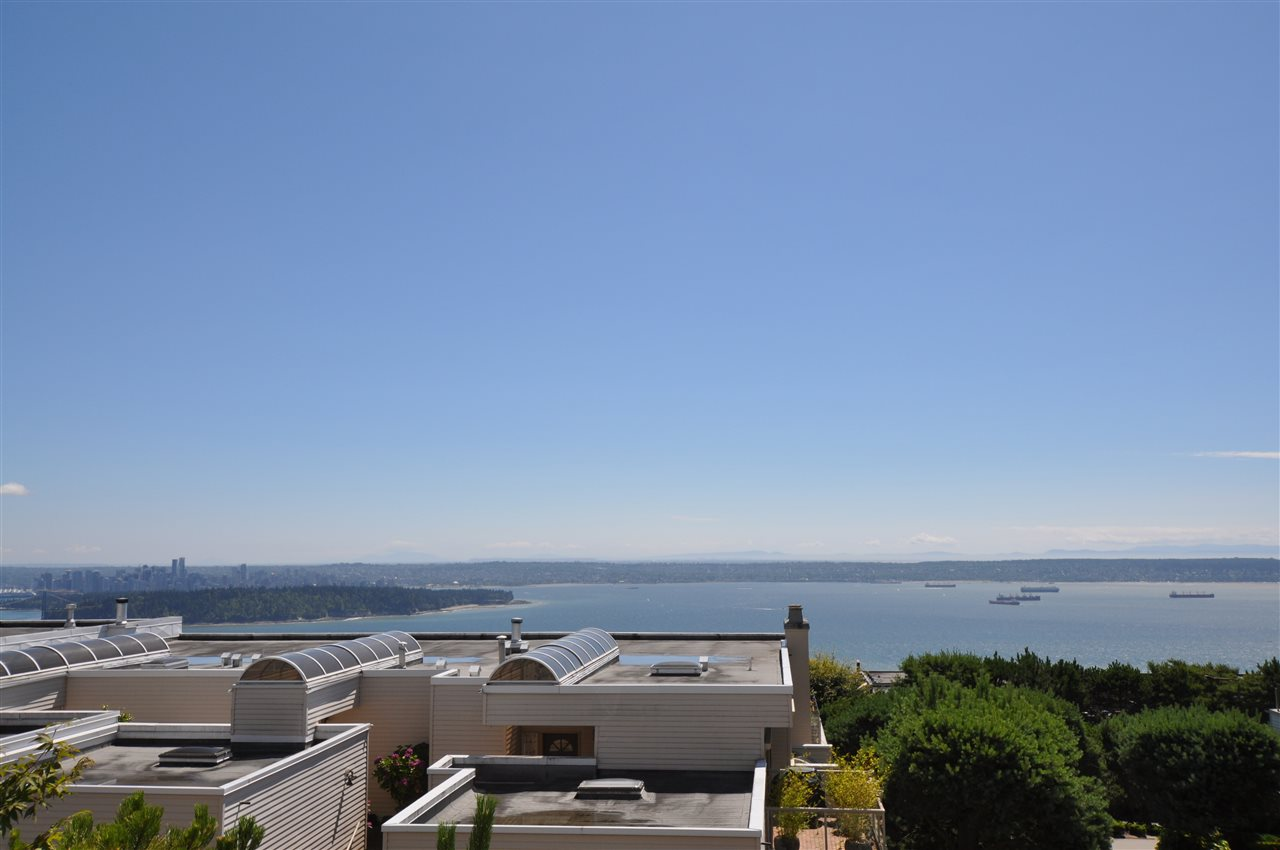 "Main Photo: 111 2274 FOLKESTONE Way in West Vancouver: Panorama Village Condo for sale in ""THE SUMMIT"" : MLS® # R2202695"