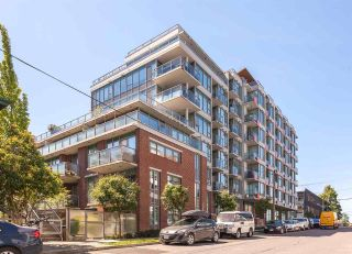 "Main Photo: 716 250 E 6TH Avenue in Vancouver: Mount Pleasant VE Condo for sale in ""DISTRICT"" (Vancouver East)  : MLS® # R2204440"