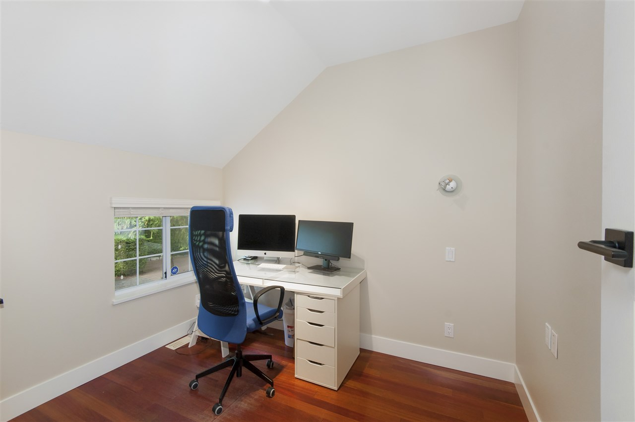 Photo 11: Photos: 5625 DAFFODIL Lane in West Vancouver: Eagle Harbour House for sale : MLS® # R2210825