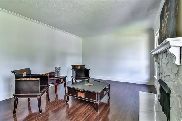 Photo 3: Photos: 14865 92 Avenue in Surrey: Fleetwood Tynehead House for sale : MLS® # R2225945