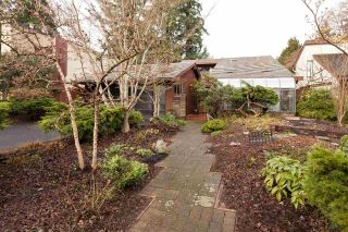 "Main Photo: 4195 DONCASTER Way in Vancouver: Dunbar House for sale in ""DUNBAR"" (Vancouver West)  : MLS® # R2238162"