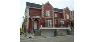 Main Photo: 04 8403 164 Avenue NW in Edmonton: Zone 28 Townhouse for sale : MLS® # E4096115