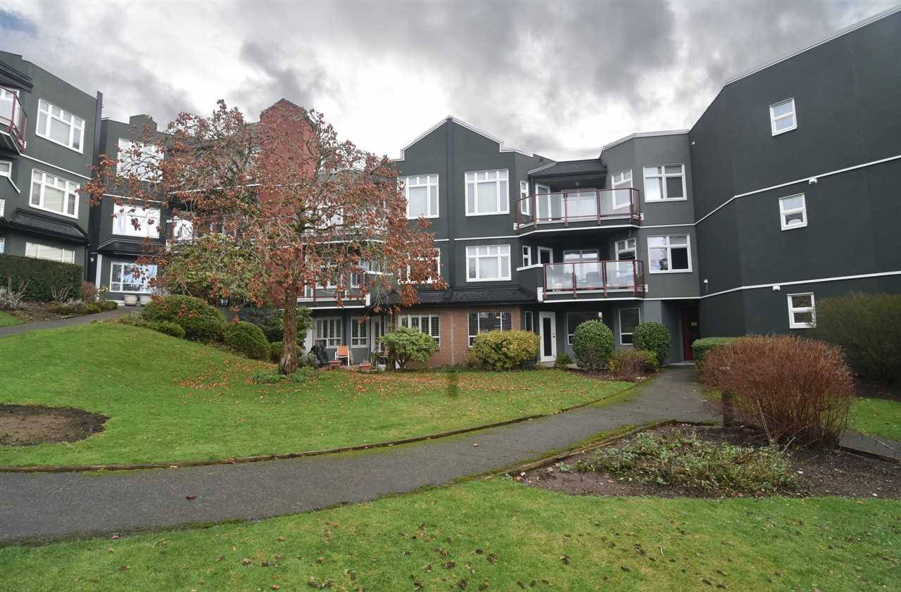 "Photo 19: Photos: 215 121 W 29TH Street in North Vancouver: Upper Lonsdale Condo for sale in ""Somerset Green"" : MLS® # R2241663"