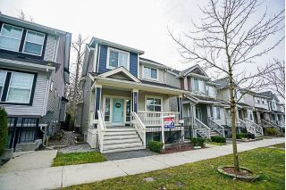 Main Photo: 18934 67A Avenue in Surrey: Clayton House for sale (Cloverdale)  : MLS®# R2244705