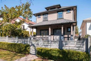"Main Photo: 2173 CHARLES Street in Vancouver: Grandview VE House 1/2 Duplex for sale in ""COMMERCIAL DRIVE"" (Vancouver East)  : MLS® # R2246529"