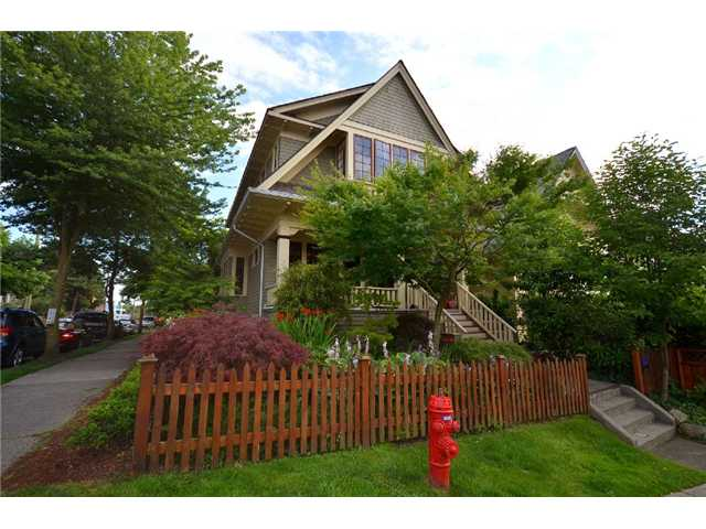 "Photo 22: 1476 GRAVELEY Street in Vancouver: Grandview VE House for sale in ""COMMERCIAL DRIVE"" (Vancouver East)  : MLS(r) # V903688"