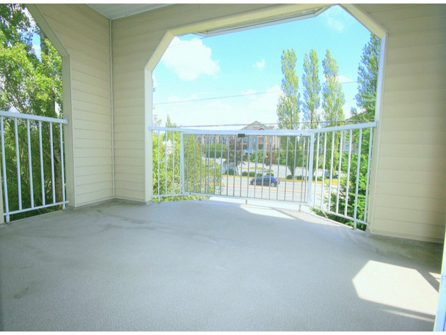 Photo 10: # 207 20894 57 AV in Langley: Langley City Condo for sale : MLS® # F1316757