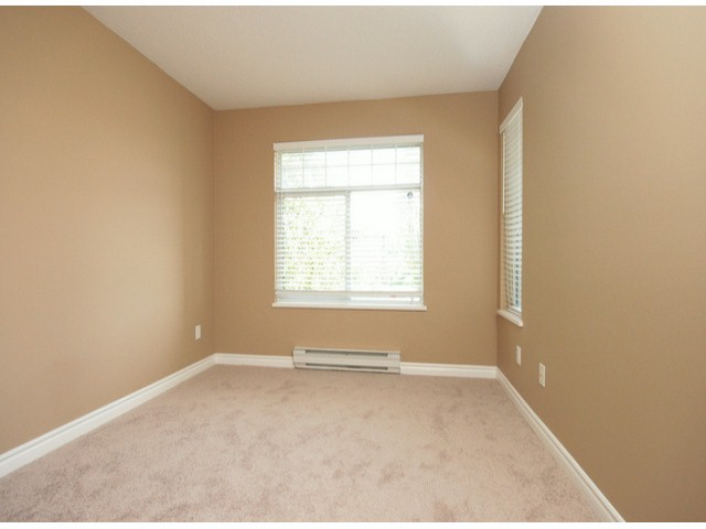 Photo 8: # 207 20894 57 AV in Langley: Langley City Condo for sale : MLS® # F1316757