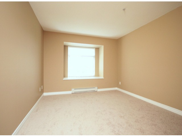 Photo 5: # 207 20894 57 AV in Langley: Langley City Condo for sale : MLS® # F1316757