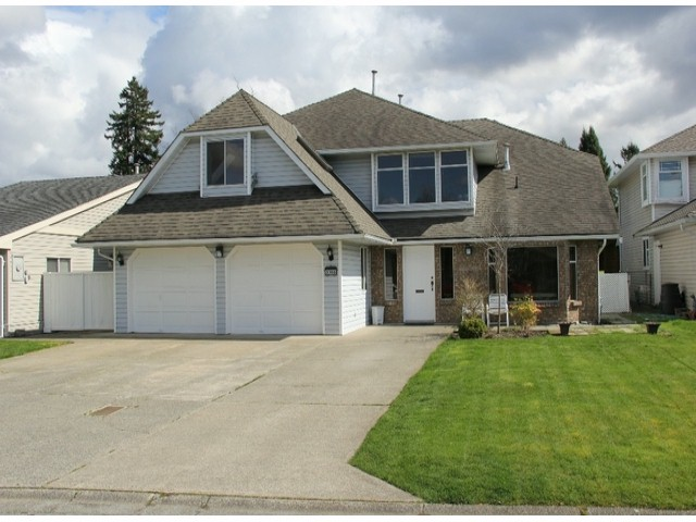 "Main Photo: 5106 209A Street in Langley: Langley City House for sale in ""Newlands"" : MLS®# F1408184"