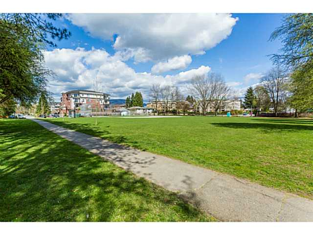 Photo 18: 123 2109 ROWLAND Street in Port Coquitlam: Central Pt Coquitlam Condo for sale : MLS® # V1058408