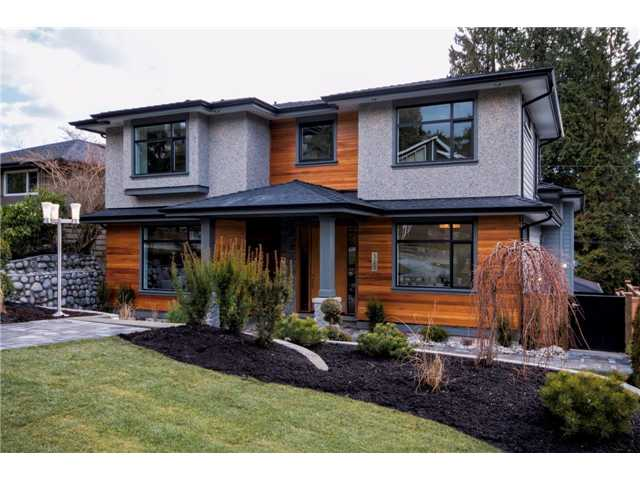 Main Photo: 323 E 26TH Street in North Vancouver: Upper Lonsdale House for sale : MLS® # V1059066