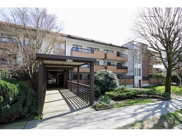 "Main Photo: 101 410 AGNES Street in New Westminster: Downtown NW Condo for sale in ""MARSEILLE PLAZA"" : MLS®# V1069596"
