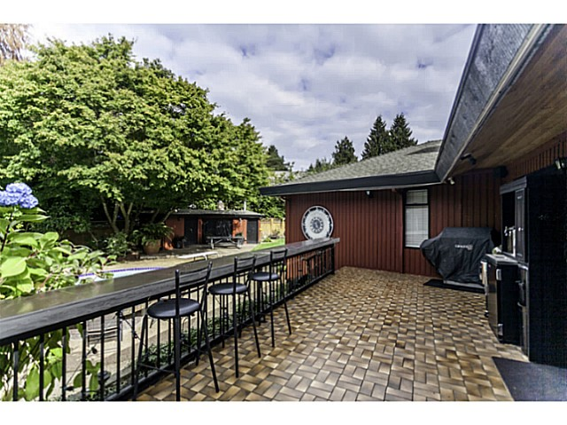 Photo 16: 4193 MUSQUEAM Close in Vancouver: University VW House for sale (Vancouver West)  : MLS® # V1088309