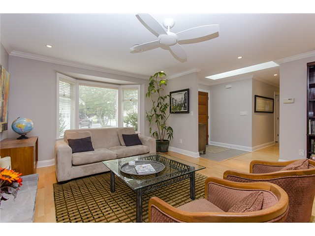 "Photo 2: 8920 CAIRNMORE Place in Richmond: Seafair House for sale in ""SEAFAIR"" : MLS(r) # V1089969"