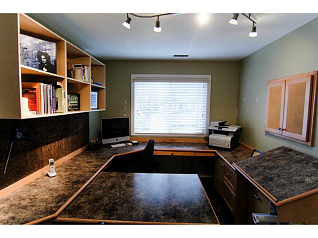 "Photo 14: 8160 DOROTHEA Court in Mission: Mission BC House for sale in ""CHERRY RIDGE ESTATES"" : MLS® # F1431815"