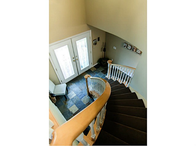 "Photo 13: 8160 DOROTHEA Court in Mission: Mission BC House for sale in ""CHERRY RIDGE ESTATES"" : MLS® # F1431815"