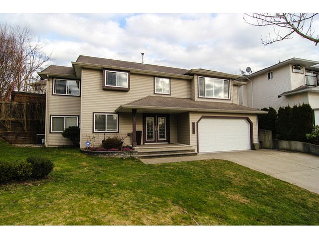"Main Photo: 8160 DOROTHEA Court in Mission: Mission BC House for sale in ""CHERRY RIDGE ESTATES"" : MLS® # F1431815"