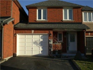 Main Photo: 15 Tumbleweed Court in Vaughan: East Woodbridge House (2-Storey) for lease : MLS®# N3180593