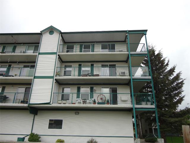 Photo 2: 304 101 3 Street NW: Sundre Condo for sale : MLS(r) # C4015441