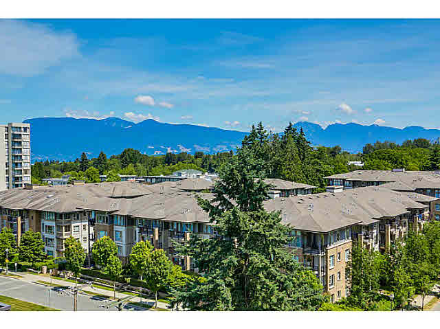 "Main Photo: 905 5868 AGRONOMY Road in Vancouver: University VW Condo for sale in ""SITKA"" (Vancouver West)  : MLS(r) # V1133257"