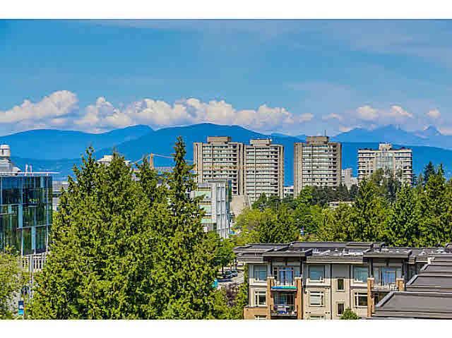 "Photo 2: 905 5868 AGRONOMY Road in Vancouver: University VW Condo for sale in ""SITKA"" (Vancouver West)  : MLS® # V1133257"