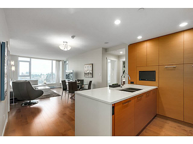 "Photo 9: 905 5868 AGRONOMY Road in Vancouver: University VW Condo for sale in ""SITKA"" (Vancouver West)  : MLS® # V1133257"